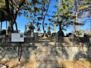 白虎隊士飯沼貞雄の墓
