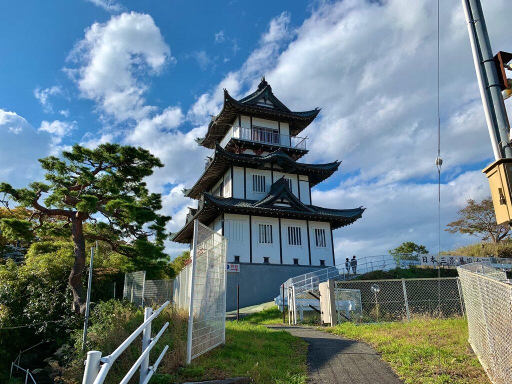 弍之丸から望む松島城