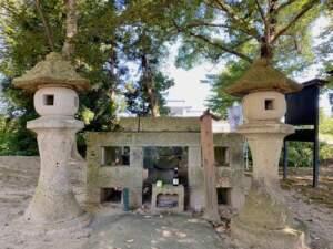 遠藤山城守基信の墓