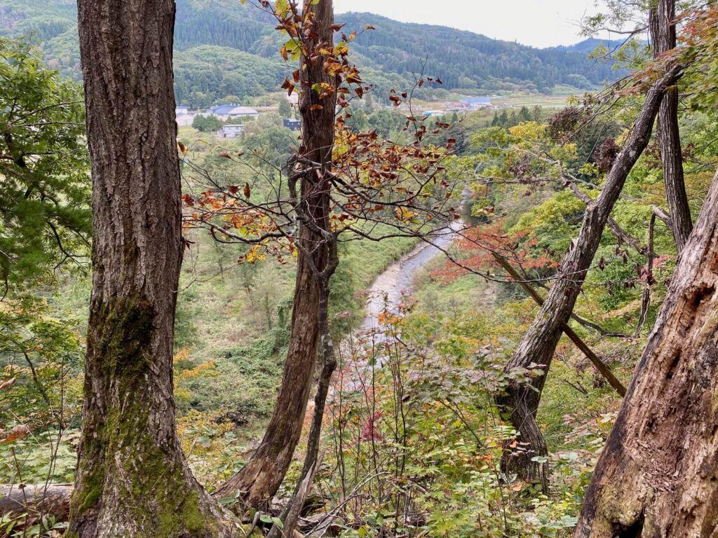 土塁上から望む大樽川
